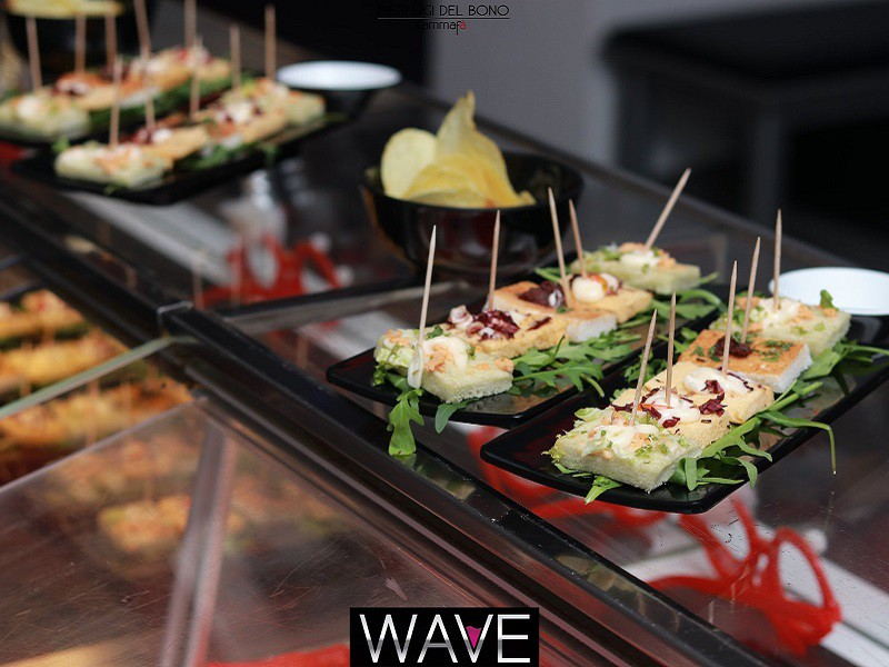 Foto 6 del locale Wave Lounge Bar