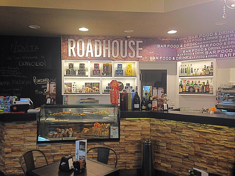 Foto 2 del locale Roadhouse Bar Food E Drink