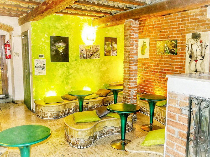 Foto 103 del locale Art Cafe' - Limeol� House